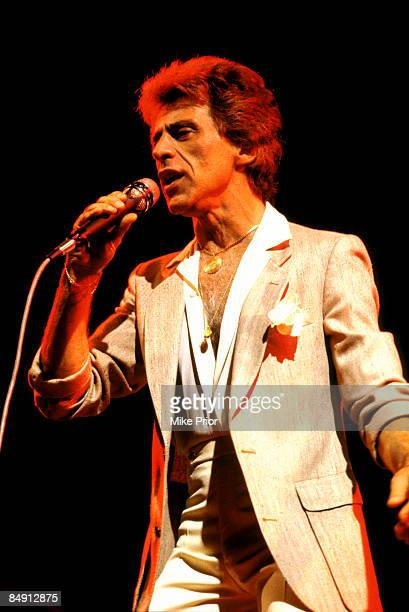 Photo of Frankie VALLI Frankie Valli performing on stage