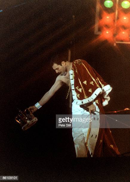 Photo of Freddie MERCURY and QUEEN Freddie Mercury performing live on stage in cape