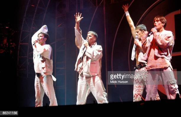 ARENA Photo of Gary BARLOW and TAKE THAT and Robbie WILLIAMS and Mark OWEN LR Robbie Williams Gary Barlow Jason Orange Mark Owen