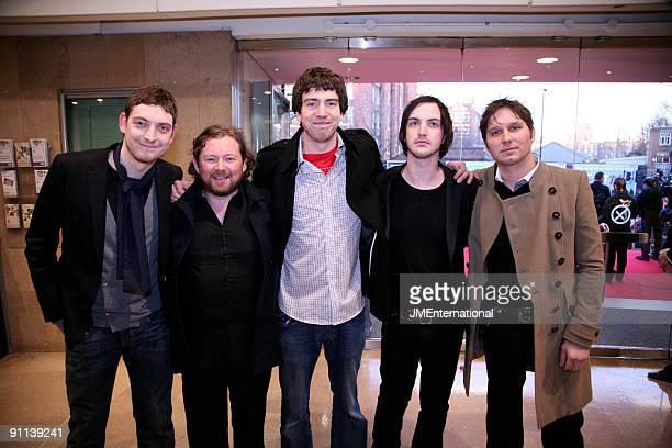AWARDS Photo of Gary LIGHTBODY and Nathan CONNOLLY and SNOW PATROL and Tom SIMPSON LR Nathan Connolly Tom Simpson Gary Lightbody Paul Wilson Jonny...