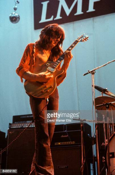 PALACE Photo of Gary MOORE performing live onstage playing Gibson Les Paul guitar