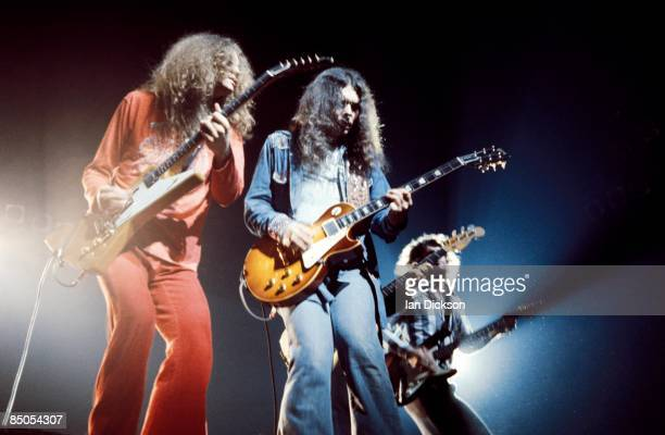 THEATRE Photo of Gary ROSSINGTON and LYNYRD SKYNYRD and Allen COLLINS and Steve GAINES LR Allen Collins Gary Rossington Steve Gaines performing live...