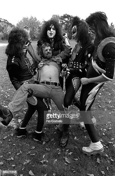 Photo of Gene SIMMONS and KISS and Peter CRISS and Paul STANLEY and Ace FREHLEY LR Peter Criss Paul Stanley Gene Simmons Ace Frehley with the...