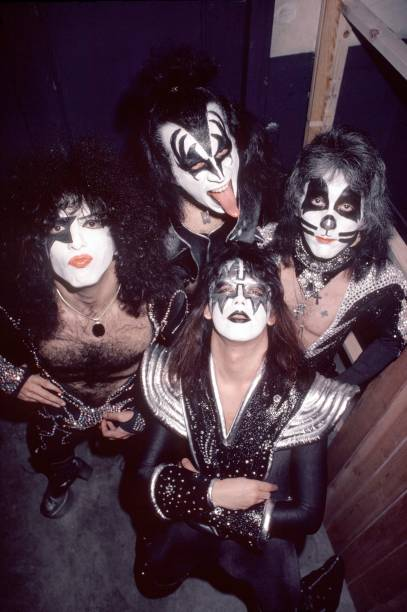 Photo of Gene SIMMONS and Paul STANLEY and Peter CRISS and KISS and Ace FREHLEY