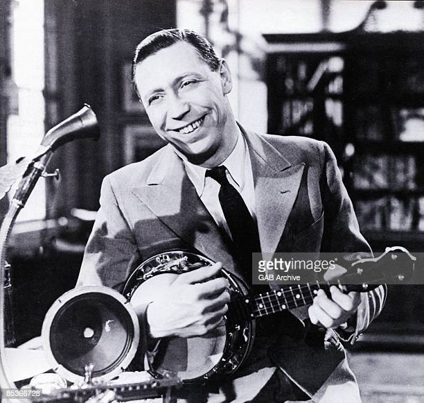 Photo of George FORMBY
