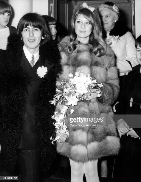 Photo of George HARRISON and BEATLES and Patti BOYD of The Beatles marriage to Patti Boyd at Epsom Registry Office Surrey