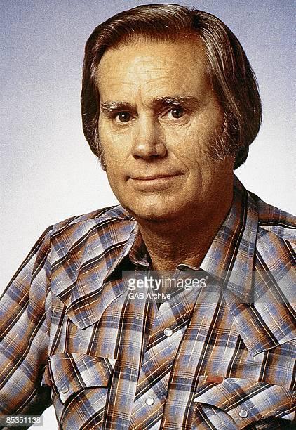 Photo of George JONES Portrait