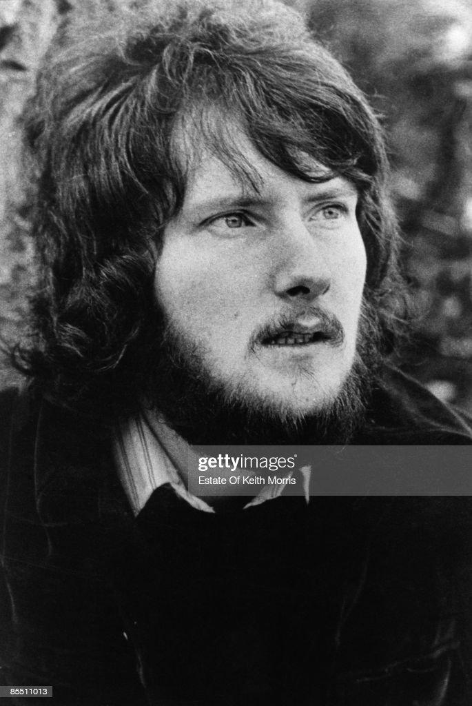 Photo of Gerry RAFFERTY; posed