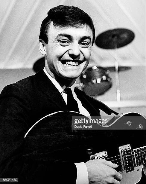 STARS Photo of GERRY THE PACEMAKERS and Gerry MARSDEN Gerry Marsden