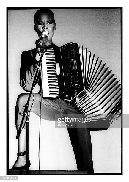 CARRE Photo of Grace JONES Grace Jones performing on stage accordion