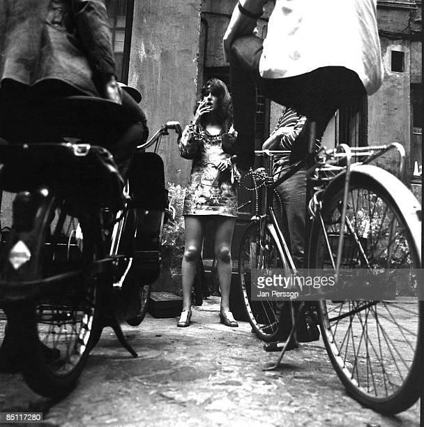 MONTMARTRE Photo of Grace SLICK and JEFFERSON AIRPLANE Grace Slick of Jefferson Airplane posed in the backyard of Jazzhouse Montmartre Copenhagen