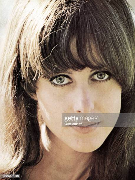 Photo of Grace Slick singer with Jefferson Airplane and Jefferson Starship posed circa 1970