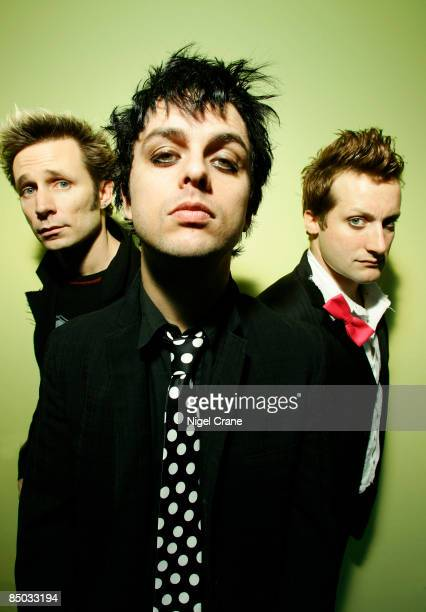 Photo of GREEN DAY LR Mike Dirnt Billie Joe Armstrong Tre Cool