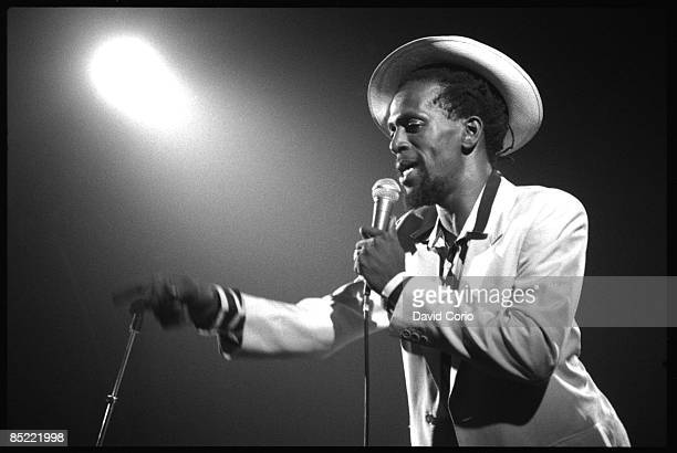Photo of Gregory ISAACS performing at the Venue London
