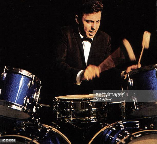 Photo of Hal BLAINE Playing the drums