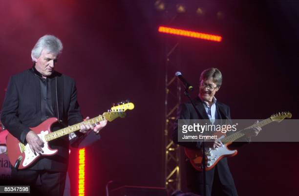 APOLLO Photo of Hank MARVIN and Bruce WELCH and SHADOWS Bruce Welch Hank Marvin performing live onstage on Farewell tour