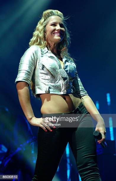 ARENA Photo of Heidi RANGE and SUGABABES Heidi Range performing live on stage