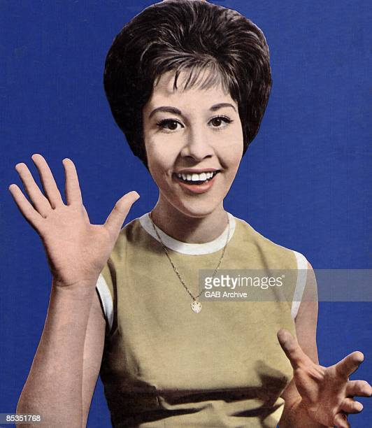 Photo of Helen SHAPIRO Portrait