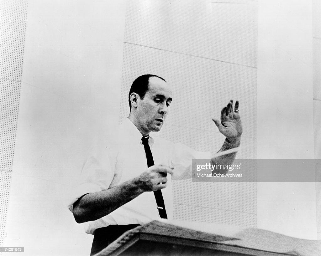 Photo of Henry Mancini : Nieuwsfoto's