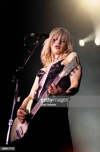 BALLROOM Photo of HOLE and Courtney LOVE Courtney Love performing on stage