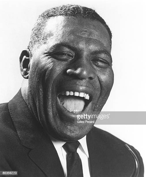 Photo of Howlin WOLF and Howlin' WOLF; Posed studio portrait of Howlin' Wolf