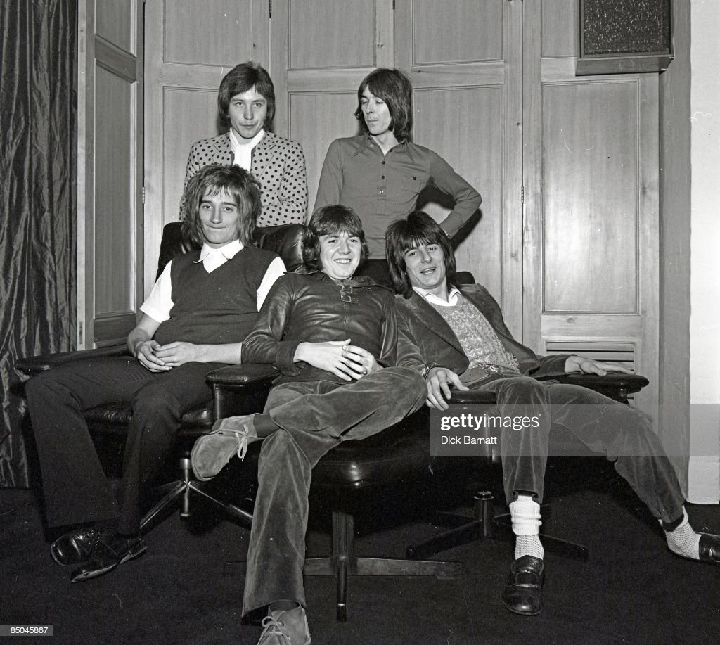 Photo of Ian McLAGAN and Kenney JONES and Rod STEWART and Ron WOOD and Ronnie LANE and Ronnie WOOD and FACES : News Photo