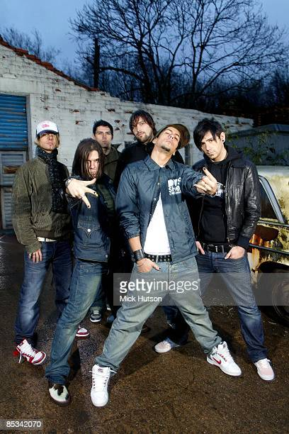 Photo of Ian WATKINS and Jamie OLIVER and Lee GAZE and Mike LEWIS and Mike CHIPLIN and LOSTPROPHETS and Stuart RICHARDSON LR Lee Gaze Stuart...
