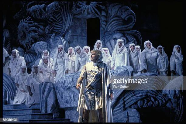 Photo of IDOMENEO, Production and Design: Jean - Pierre Ponnelle