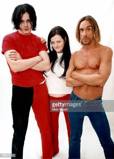 Photo of Iggy POP and Jack WHITE and Meg WHITE and WHITE STRIPES LR Jack White Meg White Iggy Pop Iggy Pop posed with White Stripes