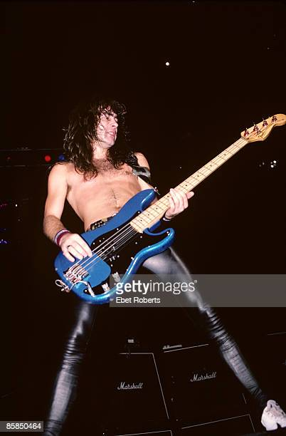 GARDEN Photo of IRON MAIDEN and Steve HARRIS Steve Harris performing live onstage