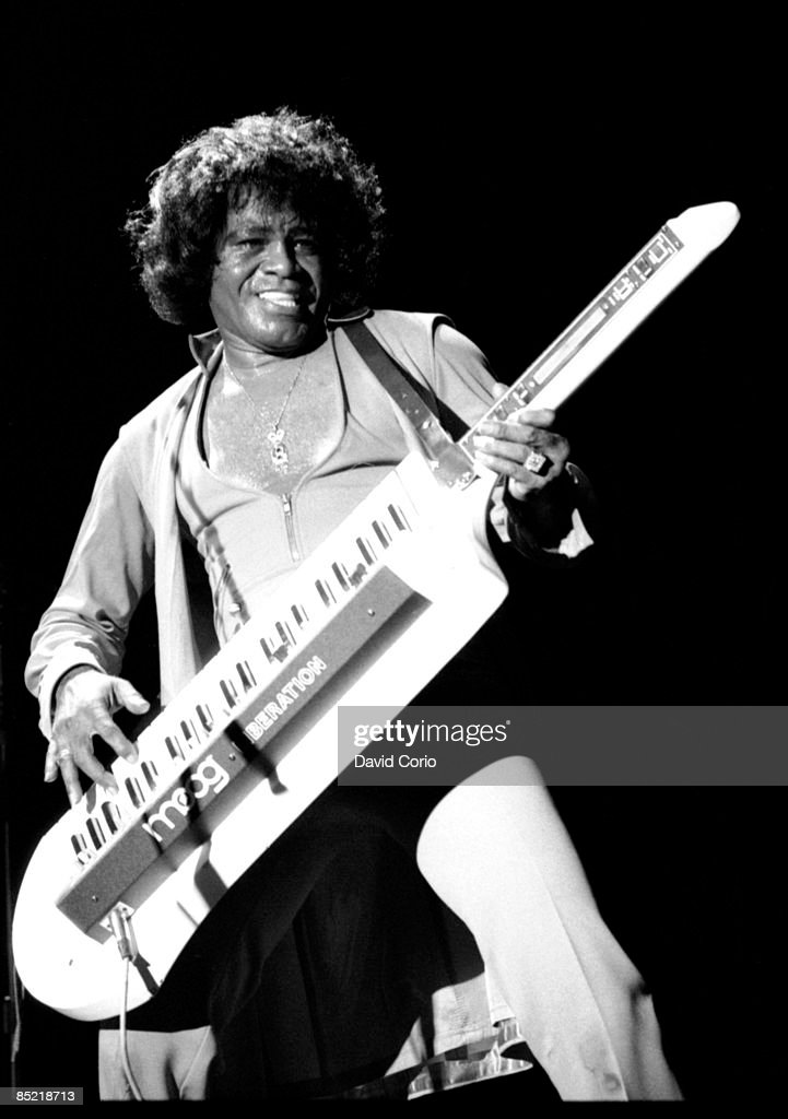 UNS: Archive Knows: What's A Keytar?