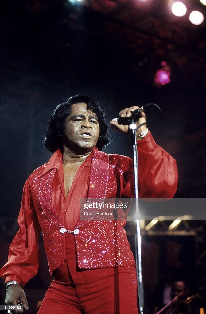 FESTIVAL Photo of James BROWN, James Brown performing on stage