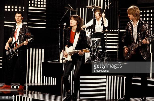 Photo of James HONEYMAN-SCOTT and PRETENDERS and Martin CHAMBERS and Chrissie HYNDE, L-R: Martin Chambers, Chrissie Hynde, James Honeyman-Scott -...