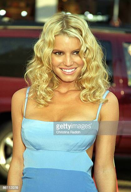 Photo of Jessica SIMPSON at the premiere of The Dukes of Hazzard held at Grauman's Chinese Theatre