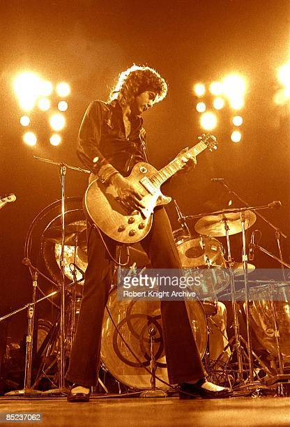 Photo of Jimmy PAGE and LED ZEPPELIN Jimmy Page performing live onstage playing Gibson Les Paul guitar