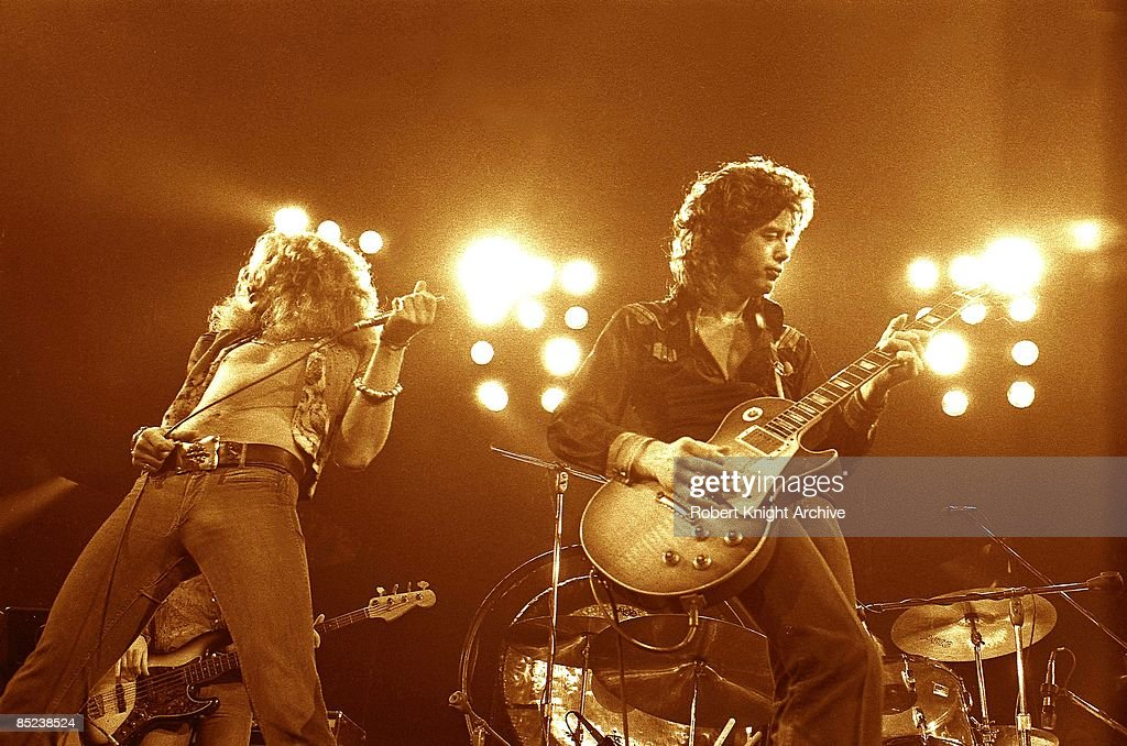 Photo of Jimmy PAGE and Robert PLANT and LED ZEPPELIN : Nachrichtenfoto