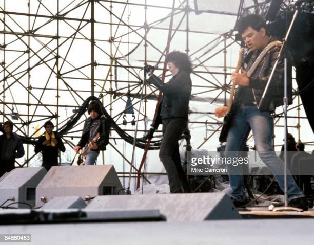 Photo of Joey RAMONE and Johnny RAMONE and RAMONES; L-R. Johnny Ramone, Joey Ramone, Dee Dee Ramone