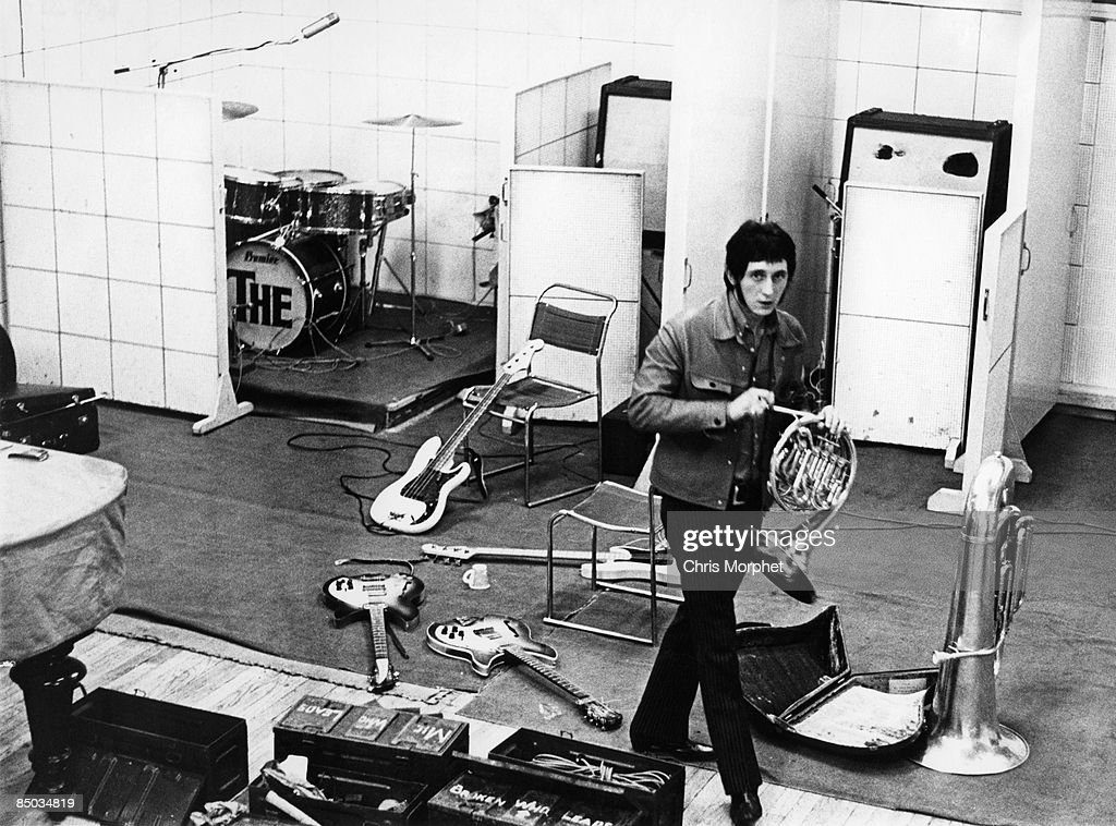 Photo of John ENTWISTLE and WHO : News Photo