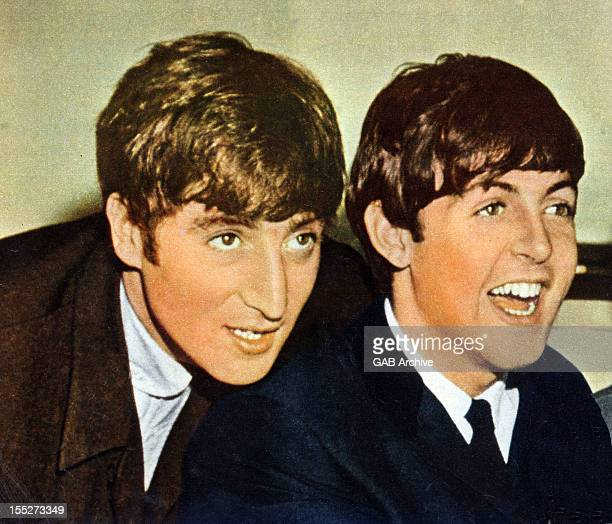 Photo of John Lennon and Paul McCartney from The Beatles posed in 1963