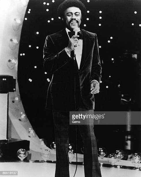 Photo of Johnnie TAYLOR Johnnie Taylor performing on stage