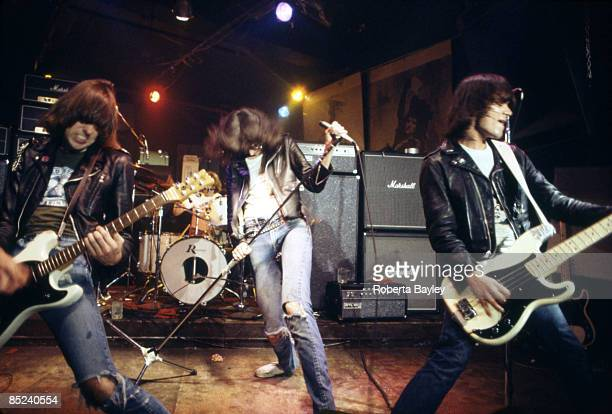 S Photo of Johnny RAMONE and RAMONES and Dee Dee RAMONE and Joey RAMONE LR Johnny Ramone Joey Ramone Dee Dee Ramone