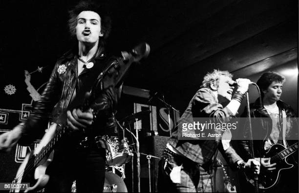 TEXAS Photo of Johnny ROTTEN and SEX PISTOLS and Sid VICIOUS and Steve JONES LR Sid Vicious Johnny Rotten Steve Jones performing live onstage at...