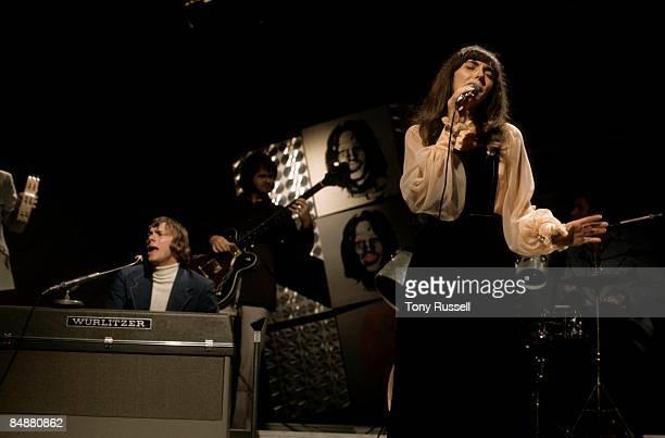 CENTRE Photo of Karen CARPENTER and Richard CARPENTER and CARPENTERS Richard Carpenter Karen Carpenter performing on BBC 'In Concert' series