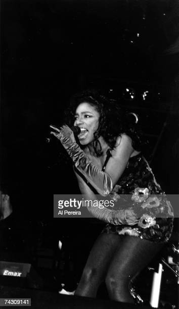 Photo of Karyn White Photo by Al Pereira/Michael Ochs Archives/Getty Images