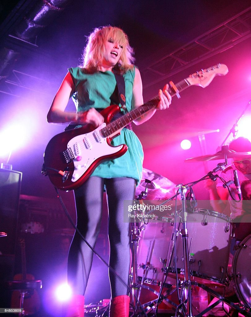 ACADEMY Photo of Katie WHITE and TING TINGS and Jules DE MARTINO, Katie White and Jules De Martino performing on stage