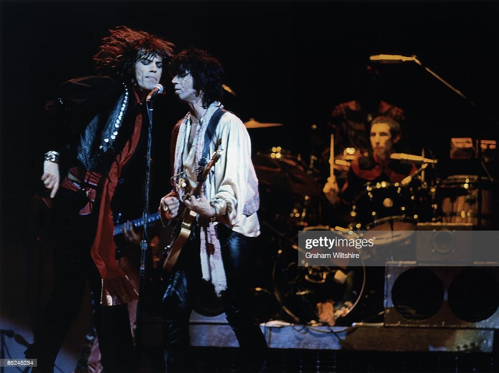 Photo of Keith RICHARDS and ROLLING STONES and Mick JAGGER and Charlie WATTS : News Photo