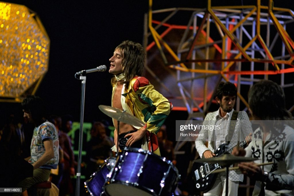 Photo of Kenney JONES and Ian McLAGAN and FACES and Ronnie LANE and Rod STEWART : News Photo