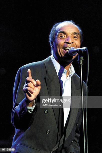HALL Photo of Kenny LYNCH Bacharach Concert