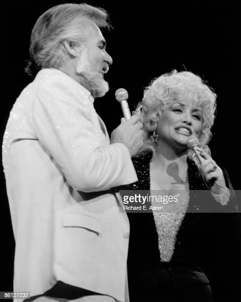 USA Photo of Kenny ROGERS LR Kenny Rogers Dolly Parton