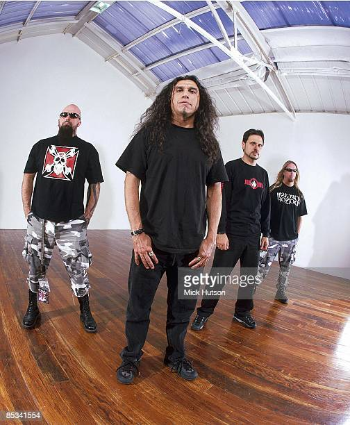 Photo of Kerry KING and SLAYER and Jeff HANNEMAN and Dave LOMBARDO and Tom ARAYA LR Kerry KingTom Araya Dave Lombardo Jeff Hanneman posed studio...